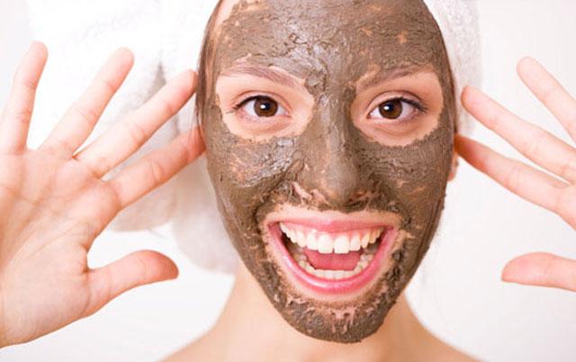 Maschere naturali per il viso fai da te