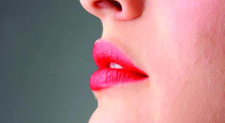 Herpes labiale perchè viene? Come liberarsene